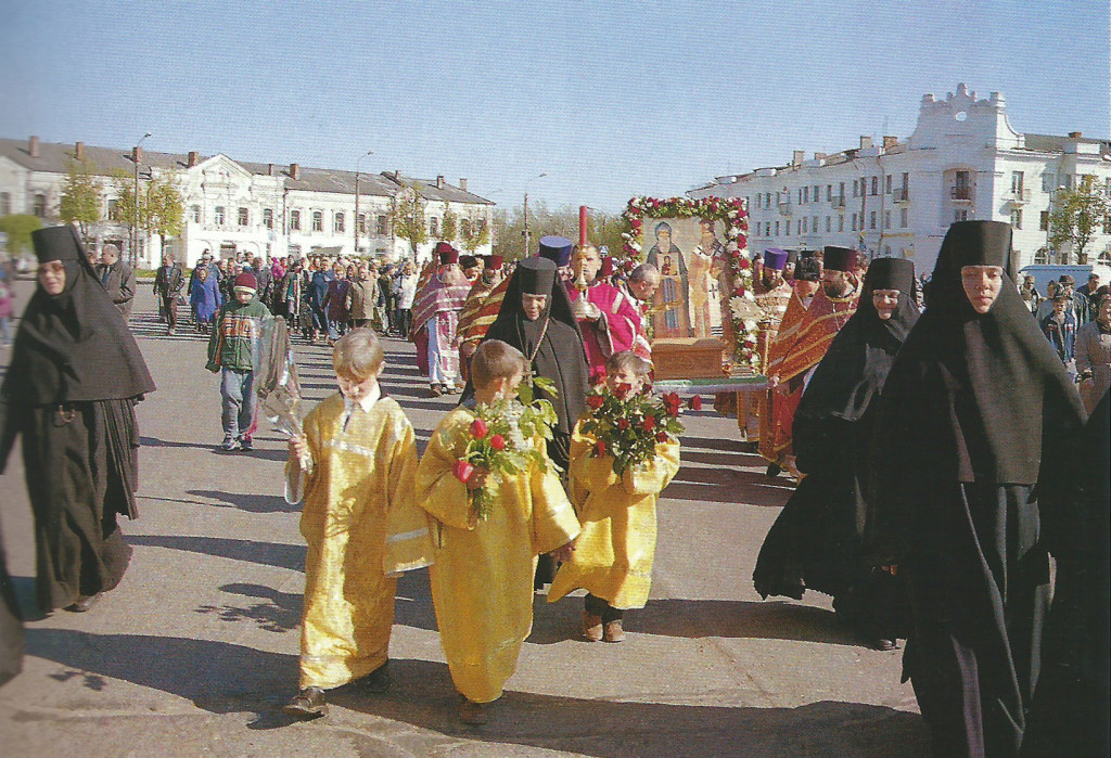 Торжественное принесение мощей пр. Герасима Болдинского и святителя Питирима, Епископа Тамбовского 15 мая 2004 года